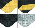 Wearwell® DiamondPlate SpongeCote Mats